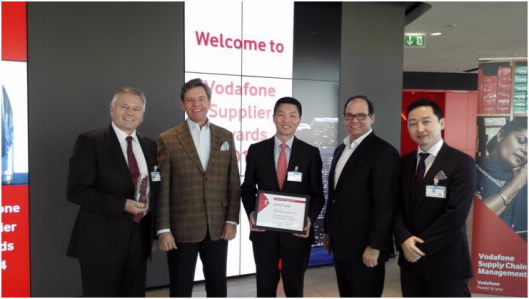 Günter König huawei awarded extraordinary contribution to project prize